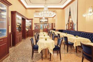 Pasticceria Cova Milano